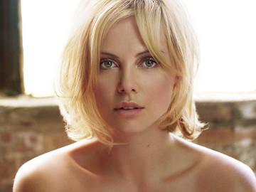 Charlize Theron02.jpg