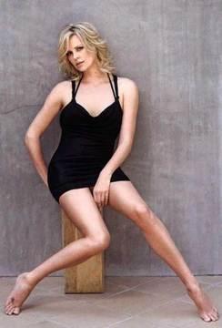 Charlize Theron07.jpg