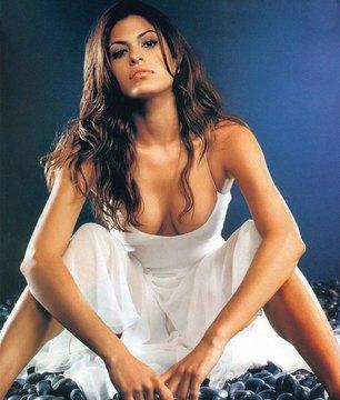 Eva Mendes02.jpg